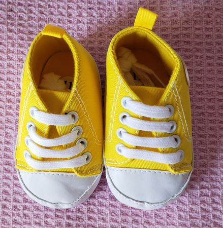 Picture of Tênis Amarelo Baby